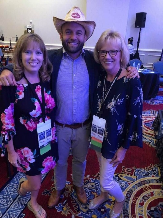 Left to Right: Jennifer Vogt (VP PPL Motor Homes), Chet Garner (Host of PBS' The Daytripper), Diana LeBlanc-Link (President PPL Motor Homes)